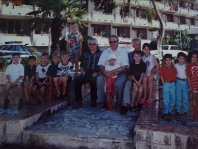 Фото: участники первенства Краснодарского края по шахматам, Сочи, 1999г. (справа учащиеся ДЮСШШ: Агаджанян А., Шахбазян Д., Шахбазян Т.)
